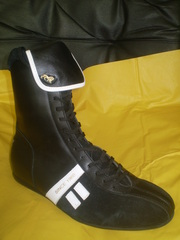 Распродажа спортивной обуви lonsdale