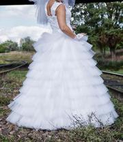 Свадебное платье и подарок. Размер 42-44-46