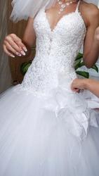 Продам свадебное платье и тройку для жениха (Жилет,  галстук,  платок)
