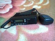 радиостанция icom F210 с антенной