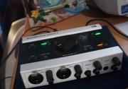 Звуковая карта NI komplete audio 6 в отлично состоянии