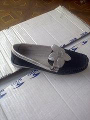 Распродажа  детской фабричной обуви для  девочек.