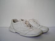 продаю кроссовки,  натур.кожа,  белые,  р.37,  хорошее состояние,  Германия