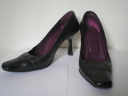 продаю туфли натур.кожа  черный цвет,  р.37 хорошее состояние 100гр