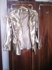 Продаю модную, новую, красивую курточку
