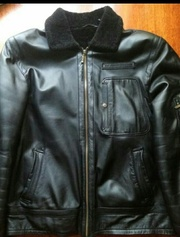 Срочно продаю зимнюю кожаную куртку!!