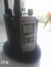 Продаю рации Motorola TLKR-T7