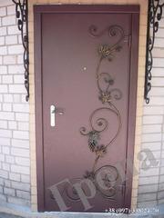 Металлические двери,  бронированные двери,  входные двери,  двери со стек