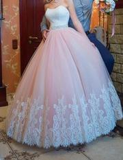 Эксклюзивное свадебное платье,  цвета Айвори и пудры