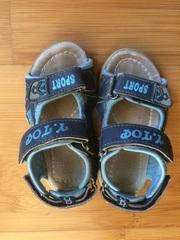 Продам босоножки,  сандалии детские