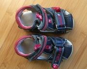 Продам босоножки,  сандалии,  размер -20,  фирма Шалунишка