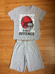 Продам костючик-комплект летний для мальчика