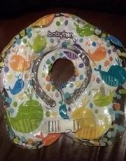 Продам надувной круг на шею для купания новорожденных