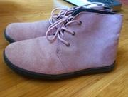 Продам ботинки замшевые демисезонные женские размер 35.