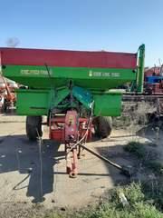 Разбрасыватель Unia MXL 300 кг.